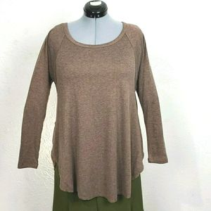 a'reve sz M brown knit top with back lace interest